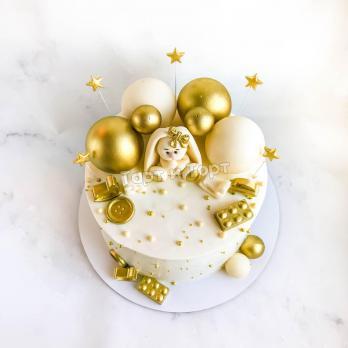 Торт  Бело-золотой с фигуркой зайки