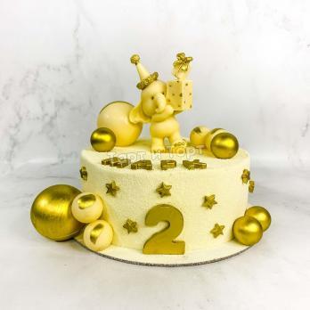 торт с фигуркой слона