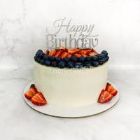 торт с топпером с днем рождения