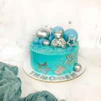 торт с мишкой и звездами