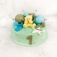 торт с фигуркой мишки