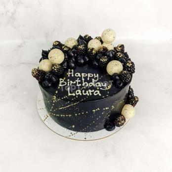 Торт 482 - Чёрный торт с белыми шарами