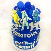 Торт №492 - Фортнайт с леденцами синими