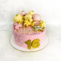 Торт №502 - Мишка на тортике с сердечками