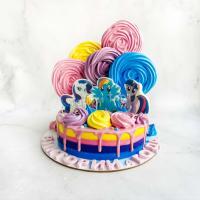 Торт №150 - Единорожка с меренгами розовый
