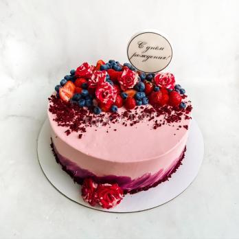 Торт №696 - Розовый с ягодами и цветами