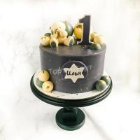 Торт №825 - Черный с мишкой и шариками