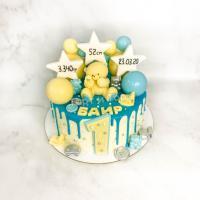 Торт №827 - С мишкой, звездами и бусинками