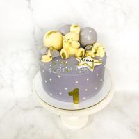 Торт №831 - Серый с фигуркой мишки и звездочкокй