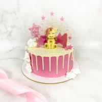 Торт №838 - Бело-розовый с единорожкой и леденцами